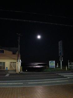 091103night-moon.jpg