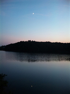 t110705afternoon-view-moon.jpg